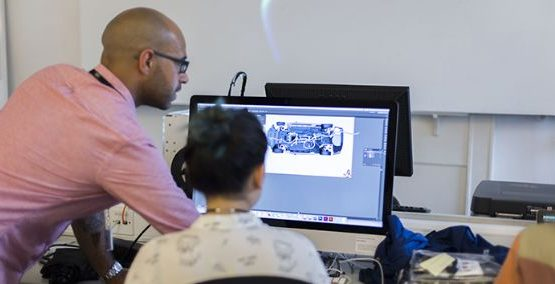 Curs Digital Graphic design si engleza la Londra, ofera solutii de prezentare digitala, translatare in format digital, ilustratie, tipografie, animatie.